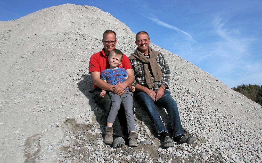 """Artikel: """"Grusgraven er nu deres fælles projekt"""""""
